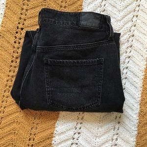 American Eagle Black Mom Jeans!!